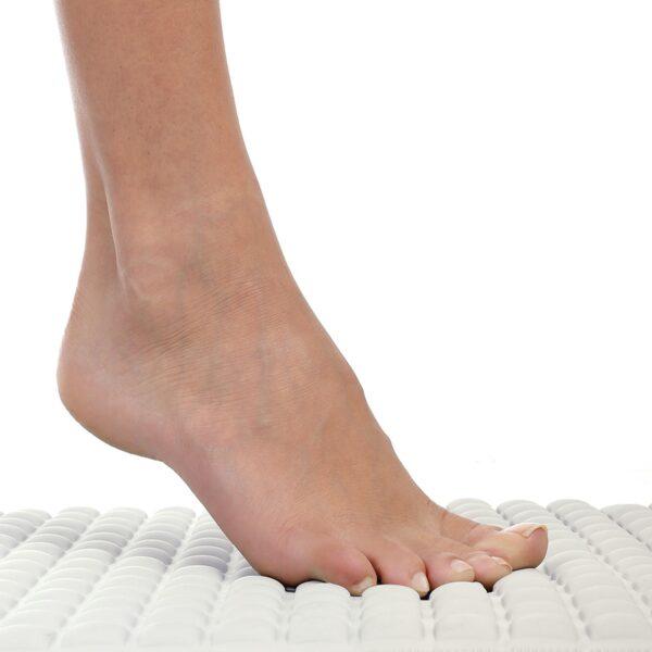 Cream Pillow Top Bath Mat is Comfortable Underfoot