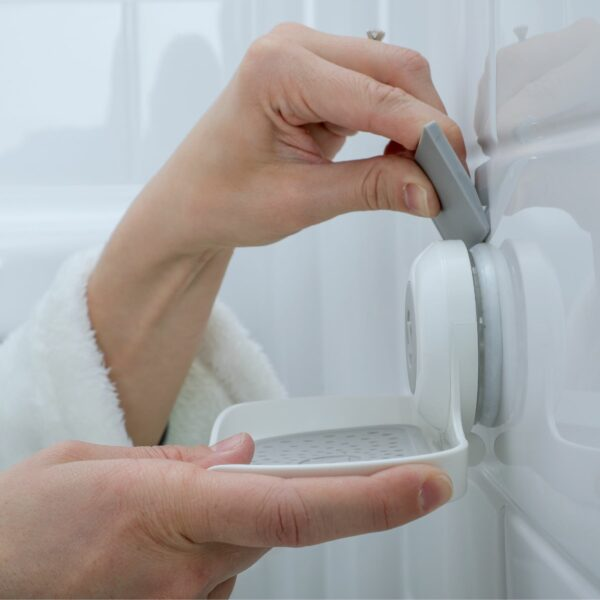 how to remove suction cup soap saver